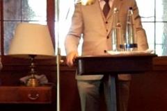 El Prof. Dr. Schöch durante su alocución.