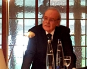 El Prof. Dr. Wolter durante su alocución