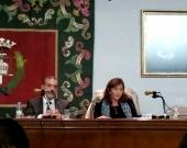 """30-10-2015. Conferencia de la Prof. Dra. Inés Olaizola Nogales sobre """"La reforma penal del homicidio, del asesinato y de los delitos contra la libertad sexual: ¿se salva algo?"""". Modera el Prof. Dr. Díaz y García Conlledo."""