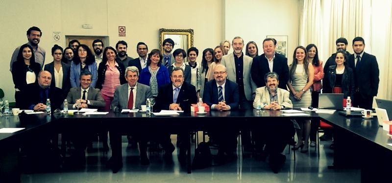 Los asistentes y organizadores del XIX Seminario Interuniversitario Internacional de Derecho Penal.