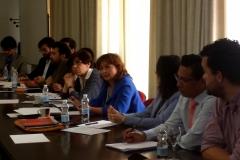 La Prof. Dra. Olaizola Nogales interviene en el debate tras la ponencia del Prof. Dr. Paredes Castañón.