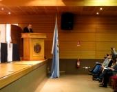 12/08/2016. El Prof. Dr. Dr. h.c. mult. Luzón Peña durante su conferencia/ponencia inaugural en las IX Jornadas del Norte de Derecho Penal y Procesal Penal