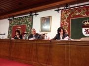 3. Facultad Derecho Univ. León. El tribunal juzgador, compuesto por los Profs. Dres. de Vicente Remesal (centro), Olaizola Nogales (izqda.) y Trapero Barreales (dcha.)