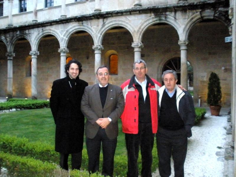 98. Leiro, Orense. 14 mayo 2010, Monasterio de San Clodio. Profs. Rodríguez Vázquez, Luzón, de Vicente, García Sobrado.