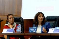 La Prof. Dra. Roso Cañadillas durante su ponencia. A la izq., la Prof. Dra. Bolea Bardon.