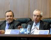 Los Profs. Dres. Luzón Peña y Queralt durante la apertura del I Congreso