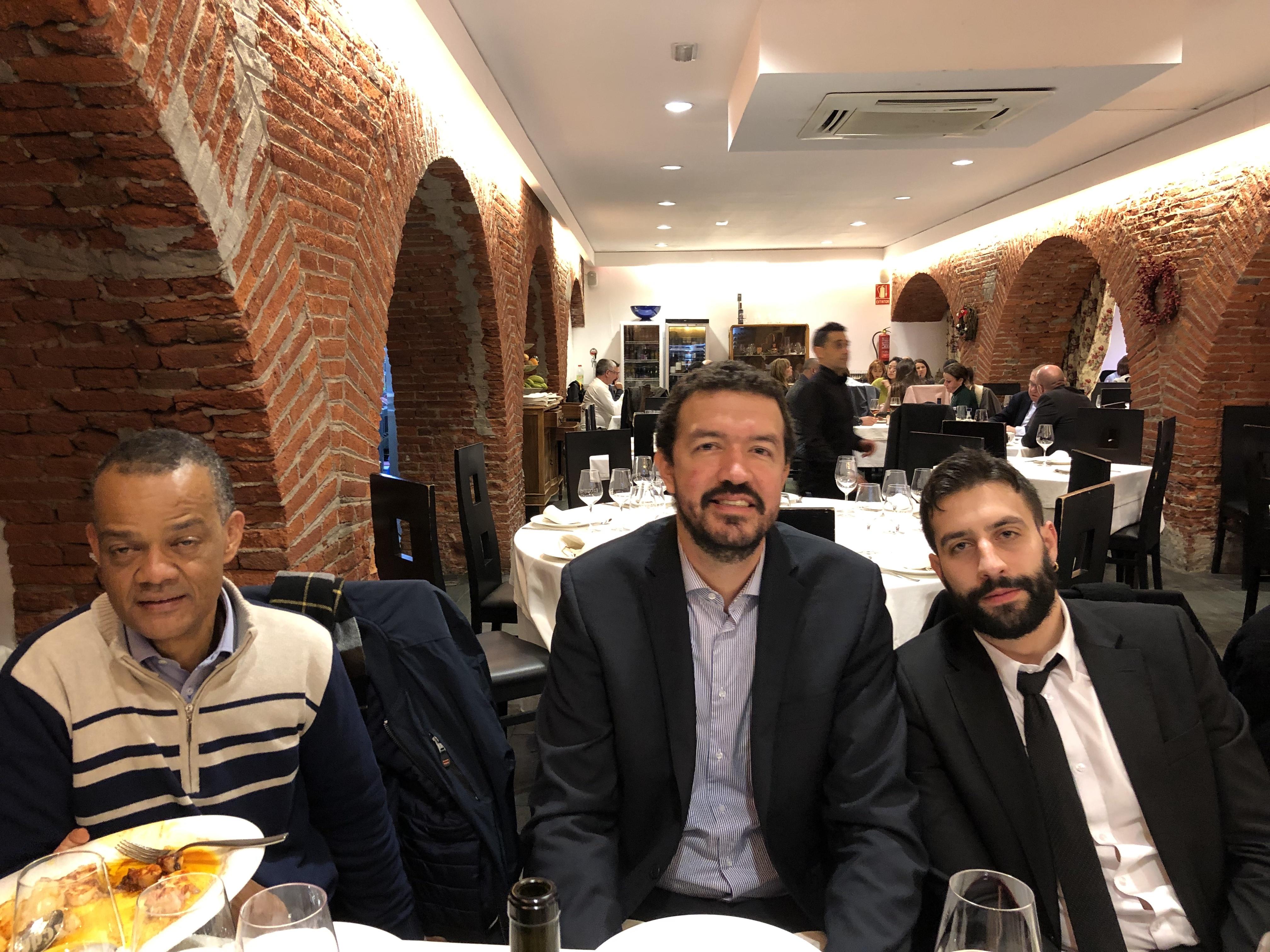 18-12-18 cena León 39 en Ezequiel. JuanC Álv_ JP Uribe_ LuisMig Ramos