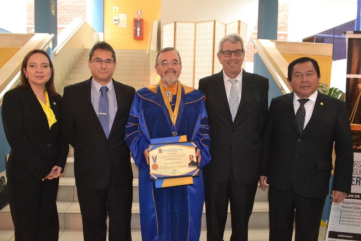 2016-10-13 UIGV 26 Drhc prof. AsunMoreno,DirGralAcadMagistr Sr. Lechuga, DL, profs. de Vicente y Palomino