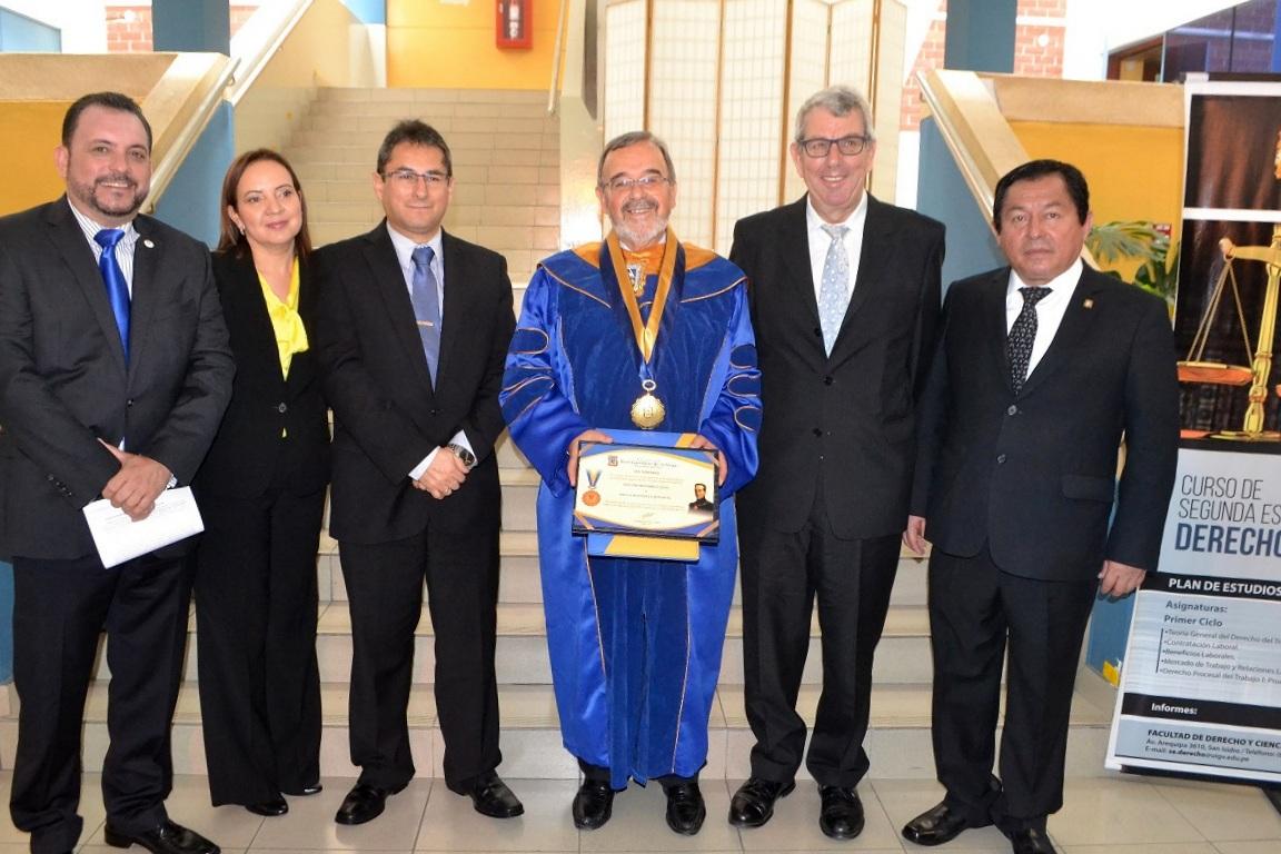 2016-10-13 UIGV 28 Drhc profs. M.A, AsunMoreno,DirGralAcadMagistr, DL, profs. de Vicente y Palomino
