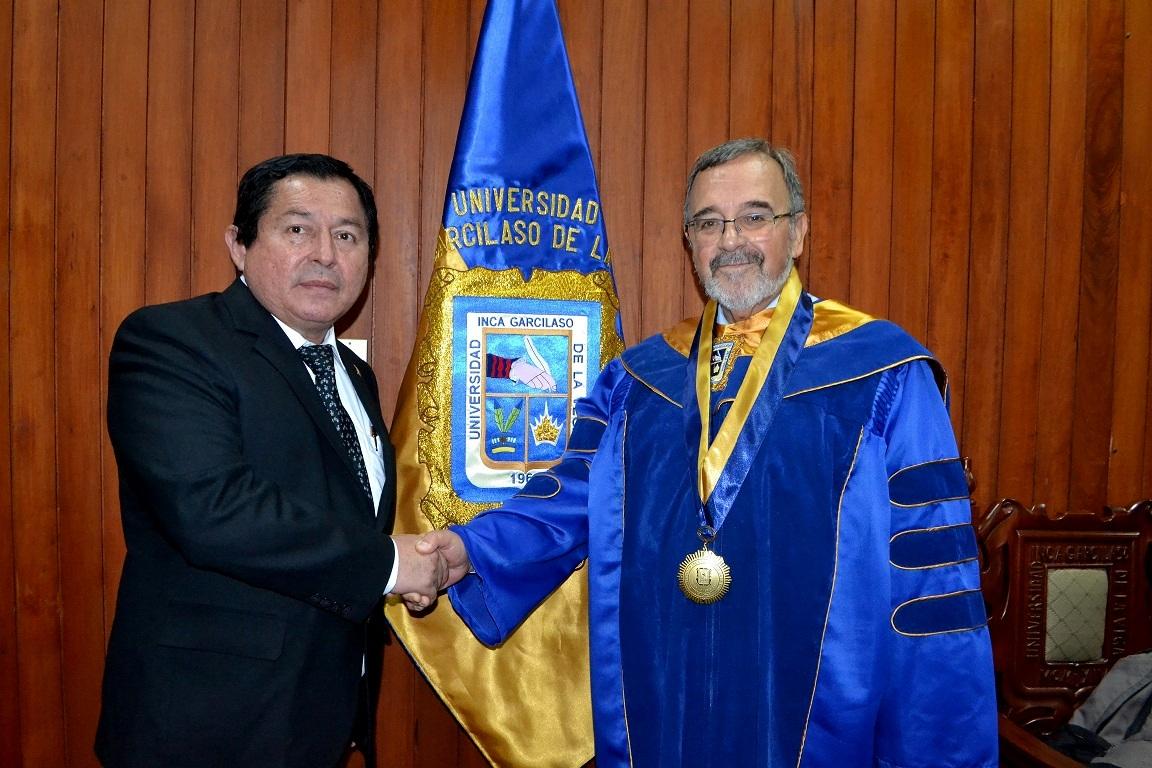2016-10-13 UIGV 35 Drhc DLP y prof Palomino Manchego