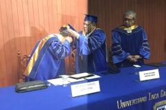 2016-10-13 UIGarcilVega Dr.h.c 6 rector e.f. impone medalla