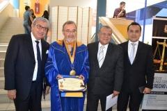 2016-10-13 UIGV 21 Drhc decano Der Dr.J Villavicencio, DL, rector e.f., SecrGral