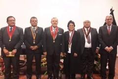 2016-10-10 Univ S. Agustin Arequipa 5 Dr.h.c. a DL, juez supr JSalas, SecrGral, rectora ef, decano, Jd Vicente