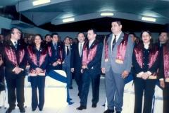 24. UCA Nicaragua, 18 nov. 2004: Investidura Prof. Luzón como Dr. h. c. Entrada a la sala del Dr. honoris causa Prof. Luzón y  del padrino Prof. Aráuz Ulloa.