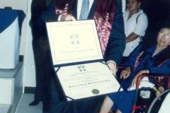 29. UCA Nicaragua, 18 nov. 2004: Investidura Prof. Luzón como Dr. h. c. El Prof. Luzón Peña con el título de Dr. h. c. de la UCA de Nicaragua.
