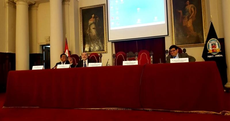 22-07-2016. Conferencia del Prof. Dr. Dr. h.c. mult. Miguel Díaz y García Conlledo en el evento organizado por la Escuela de Formación de Auxiliares Jurisdiccionales de la Corte Superior de Justicia de Lima y el Centro de Investigaciones Judiciales del Poder Judicial. Auditorio de la Corte Suprema de Justicia de la República del Perú.