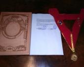 2016-10-10 Univ S. Agustin Arequipa 10 Dr.h.c. a D Luzon carpeta, nombram, medalla