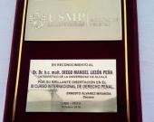 2016-10 2 Placa reconoc a DL XI Curso Internac Univ. San Martin de Porres