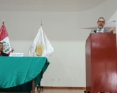 21-07-2016. El Prof. Dr. Dr. h.c. mult. Díaz y García Conlledo durante su conferencia en la sede de la Fiscalía de Lima Sur, acompañado por el Dr. Omar Tello Rosales, Presidente de la Junta de Fiscales Superiores. Auditorio de la Corte Suprema de Justicia de la República del Perú.