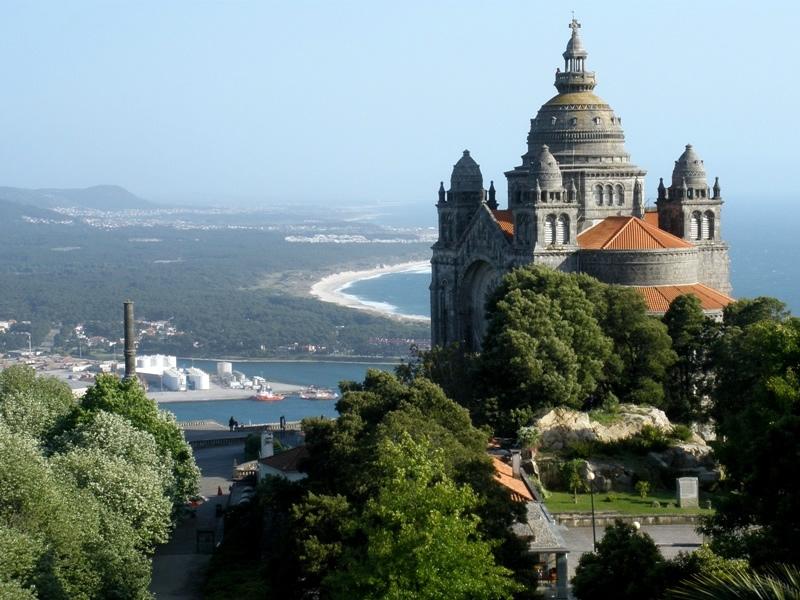124. Viana do Castelo, 15 mayo 2010. Basílica de Santa Luzia – monumento al Sagrado Corazón.