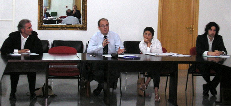 45. IX Seminario Interuniv. DP, Fac. Derecho, Univ. Alcalá, 29-6-2006. Profs. Alejandro Cantaro, Manuel Cancio Meliá, Raquel Roso, Virxilio Rodríguez Vázquez.