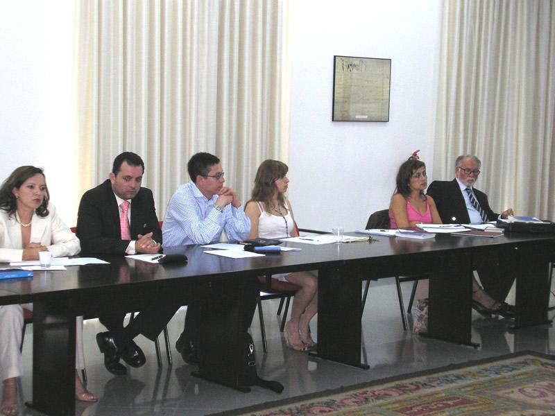 46. IX Seminario Interuniv. DP, Fac. Derecho, Univ. Alcalá, 29-6-2006. Profs. Asunción Moreno Castillo, Manuel Aráuz, J. Zamyr Vega, Silvia Martínez Cantón, Isabel Durán Seco, Manuel Burgos.