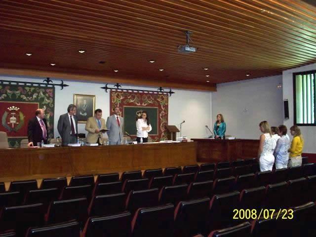 106. Univ. de León, Fac. de Derecho. 23 julio 2008. Concurso a plaza de Prof. Contratado Doctor, adjudicada a la Prof. Dra. Isabel Durán Seco. El tribunal adjudica la plaza a la Prof. Dra. Isabel Durán Seco.