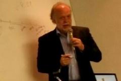 El Prof. González Lagier durante su ponencia