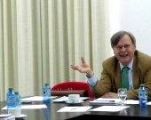 El Prof. Dr. Jorge Barreiro debate sobre la ponencia del Prof. Dr. Dr. h. c. mult. Gracia Martín.